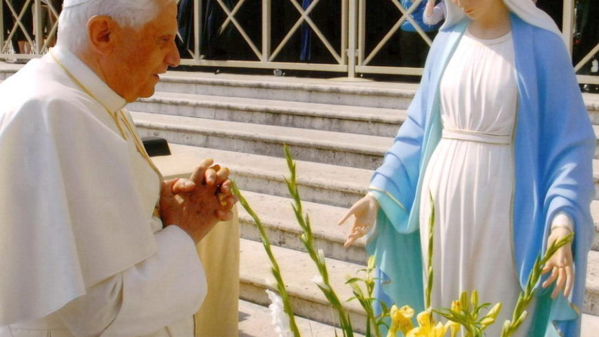 A Maria di Papa Benedetto XVI°
