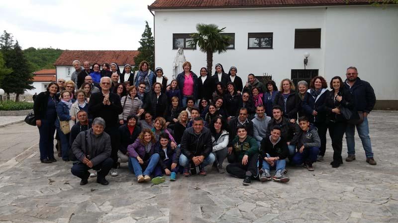 """I """"bambini pellegrini"""" del pellegrinaggio a Medjugorje del 28 aprile 3 maggio 2015"""