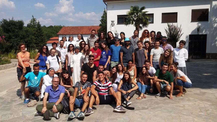 """I """"bambini pellegrini"""" del pellegrinaggio a Medjugorje del 30 luglio 7 agosto (speciale festival giovani)"""