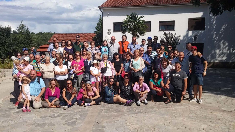 """I """"bambini pellegrini"""" del pellegrinaggio a Medjugorje del 13-18 agosto 2015 (speciale Assunta)"""