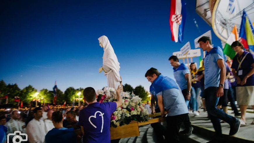 Al festival dei giovani a Medjugorje.