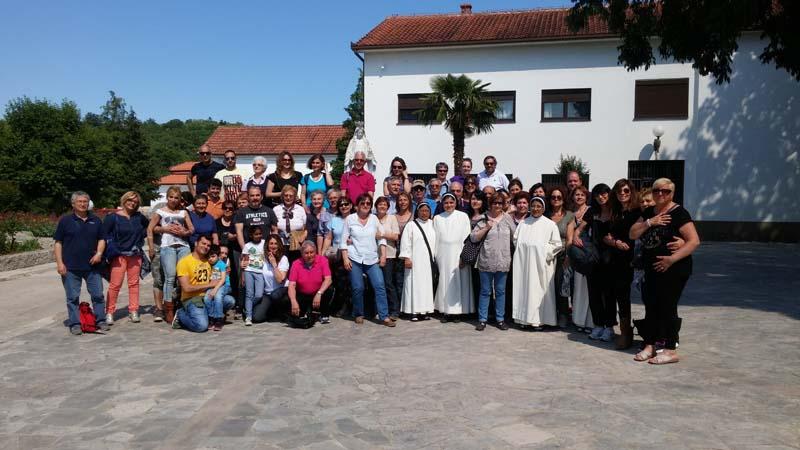 """I bambini pellegrini"""" del pellegrinaggio a Medjugorje del 30 maggio 4 giugno 2015"""